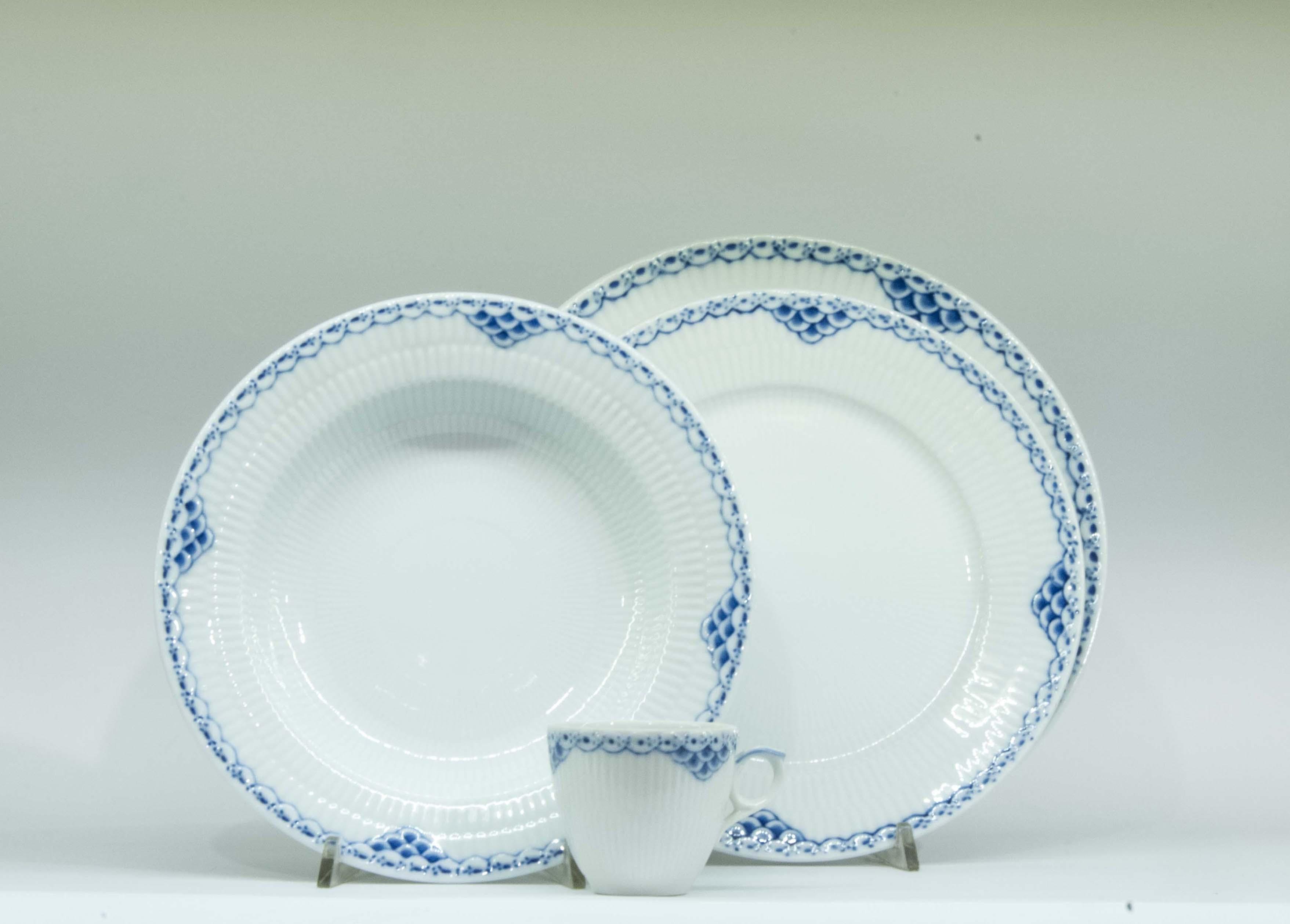 Liste nozze a torino i piatti gallo regali dal 1967 for Sveglia thun prezzo